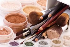 Einige Make-Up Produkte auf einem Haufen